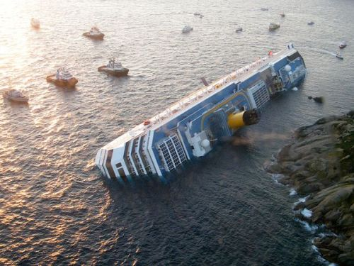 costa-concordia-off-coast