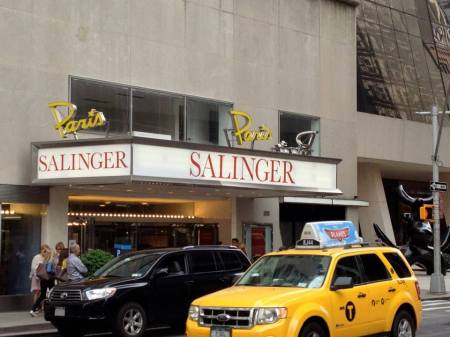 Salinger Paris Theater